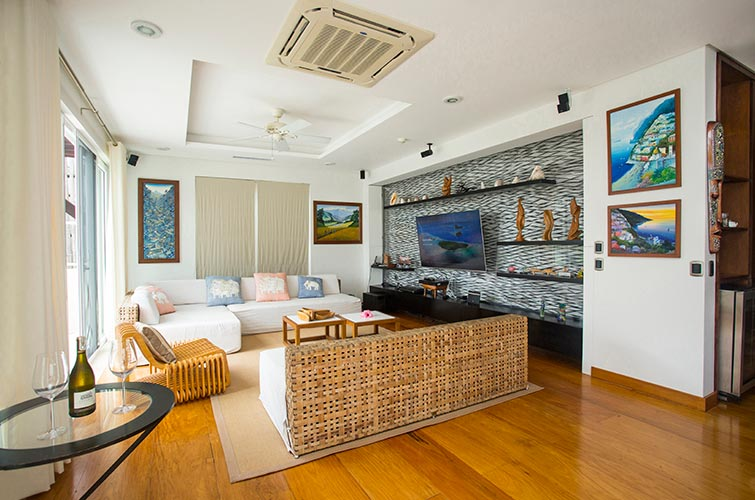 Beachfront 3BR Luxury Penthouse