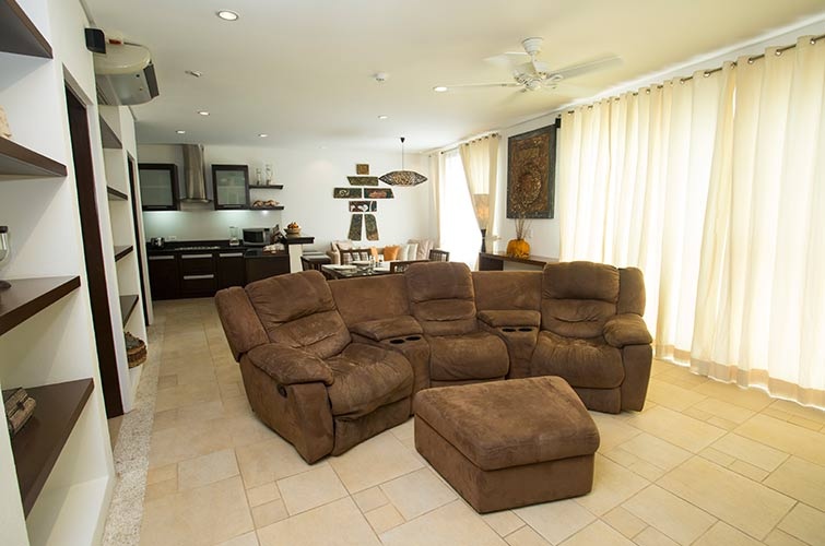 Family Two Bedroom Suite with Jacuzzi